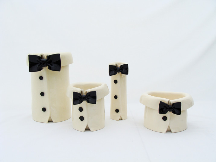 Bow Tie Black and White Vases.JPG
