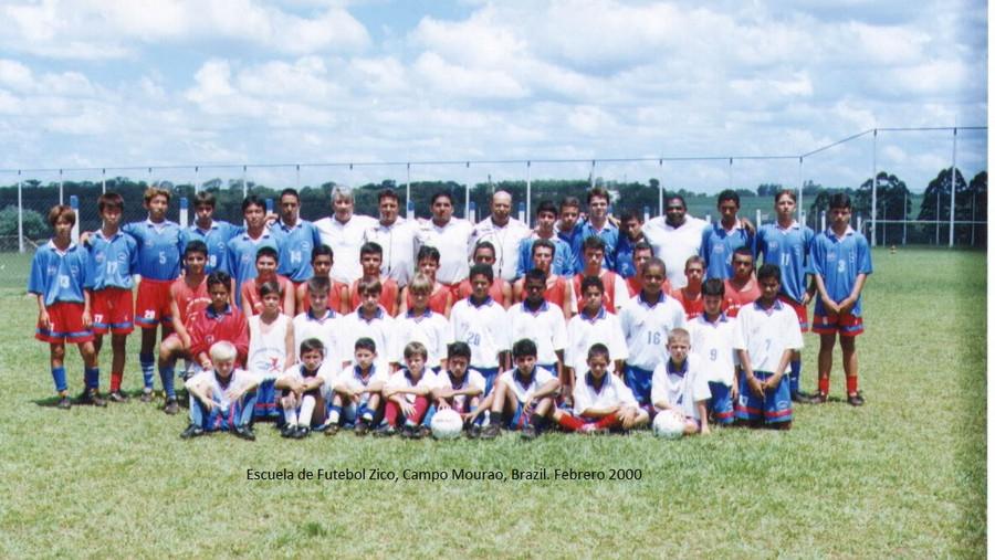 escuela Zico-parana 2000.jpg