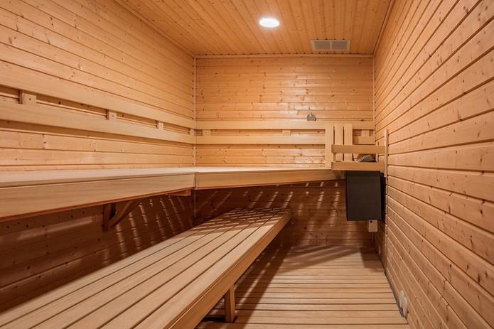 Pool Sauna.jpg