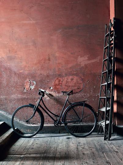 Black Bike with Ladder, Ireland_LowRes.