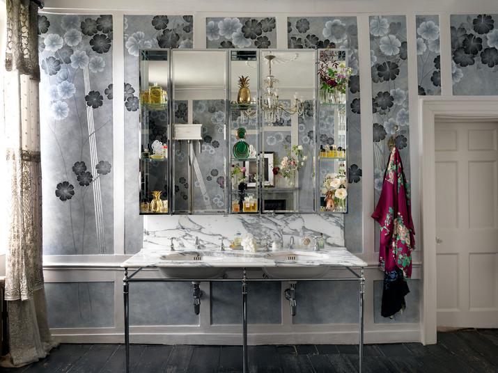 Kate Moss's Bathroom