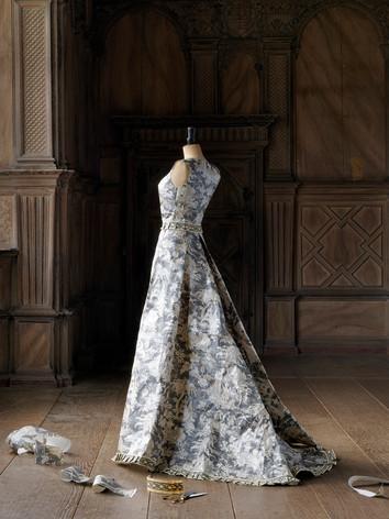 Milieu - Wallpaper Dresses