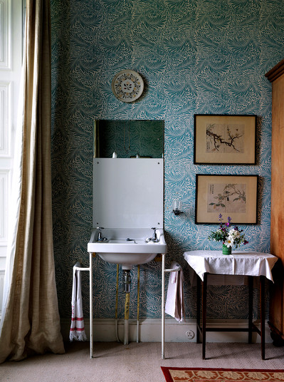 Bedroom Sink, Ireland