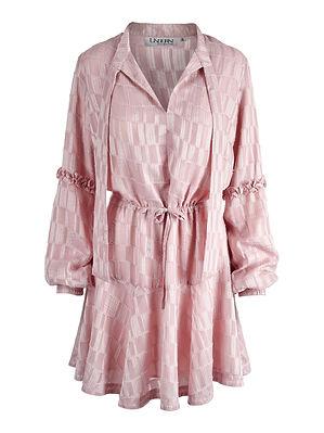 victoria.c.dress.pink.front.undorn.jpg