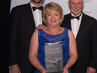 Brightwater Vineyards win coveted            Air New Zealand  Pinot Noir Trophy