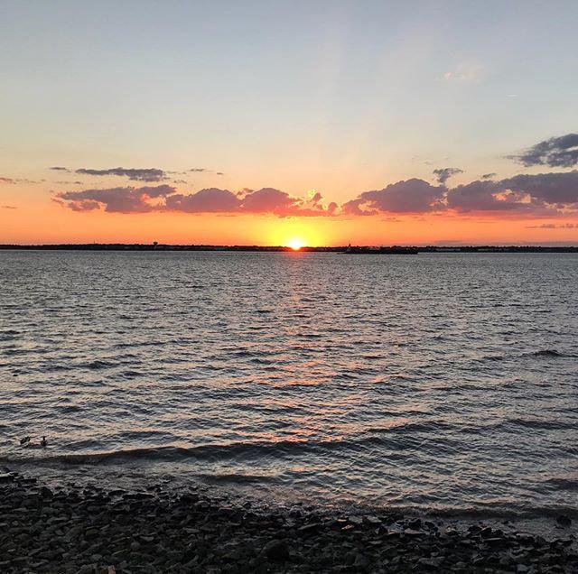 Sunday evening sunsets! 🌞🔥🌅 #hometown
