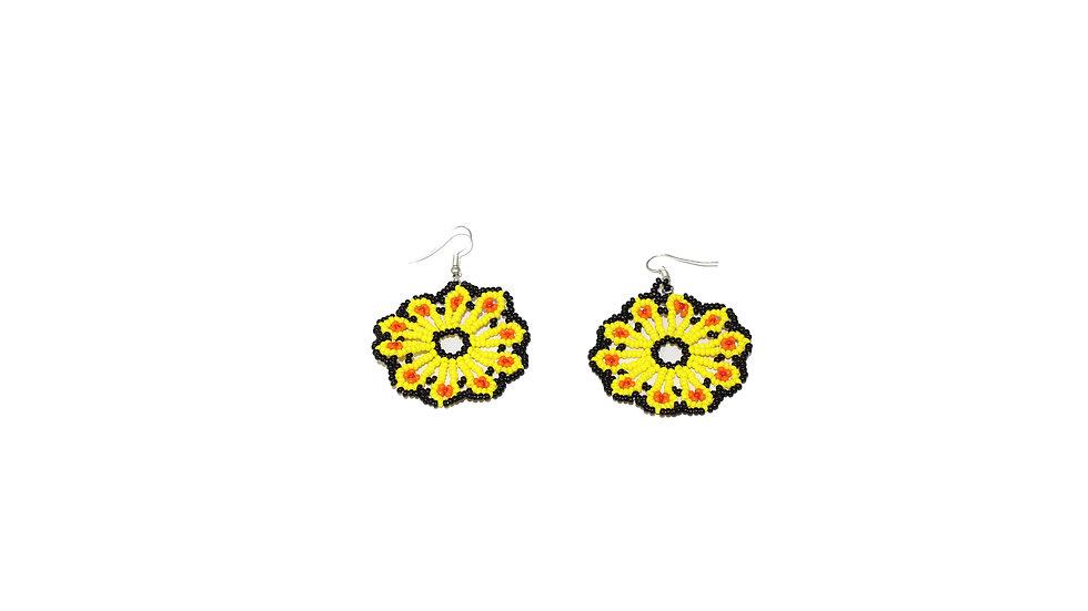 Aretes grandes de flor