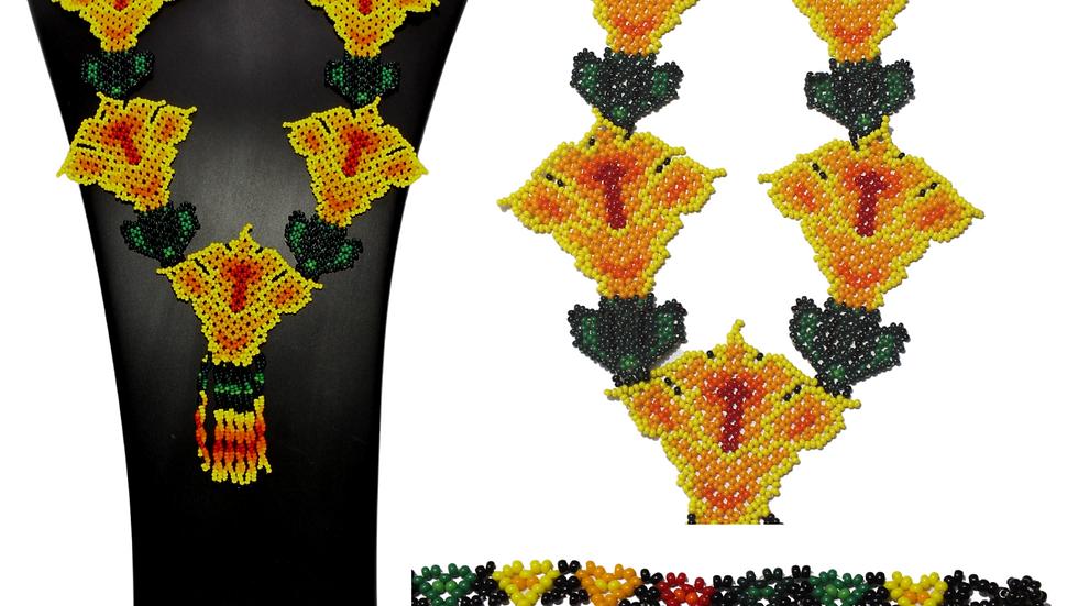 Collar de 5 flores