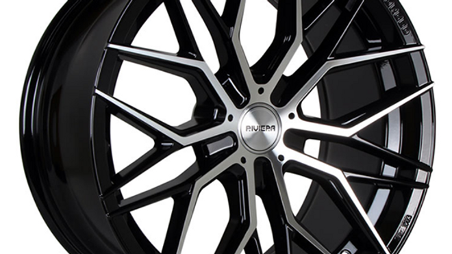 """VW Transporter20"""" wheels and tyre package"""