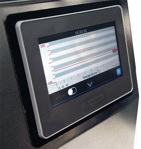 Benchtop Pro Freeze Dryer temperature and pressure trending