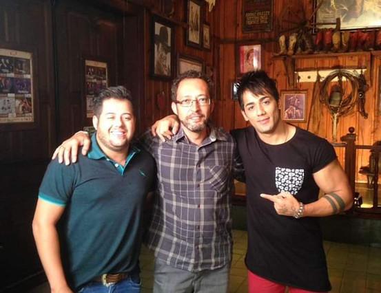 Hugo e Thiago e Maestro Douglas Gomes