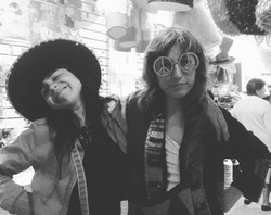 Camila y Juliana