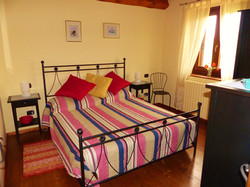 Villa Miramonti-Rondine bedroom