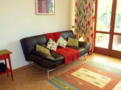 Cardellino apt living area sofa-bed