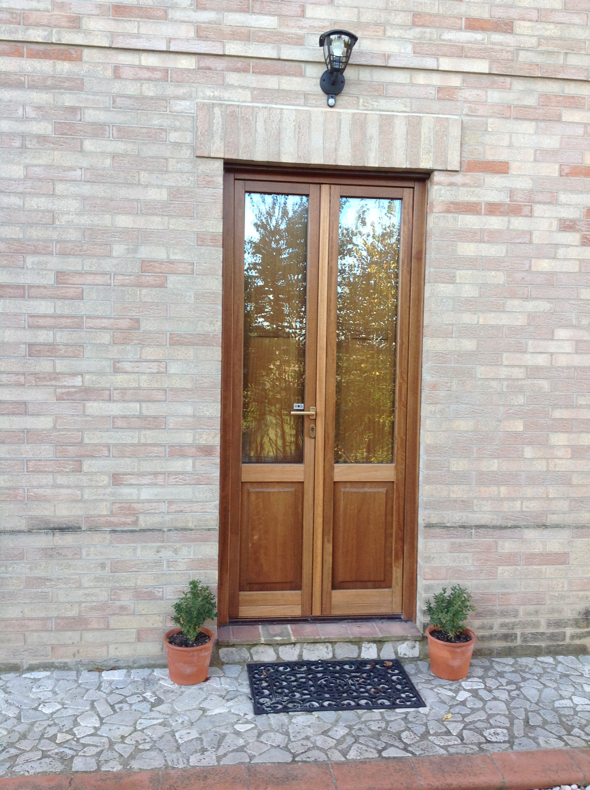 Villa Miramonti-Cardellino rear door