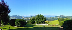 Luxury vacation rentals with pool Le Marche Italy. Romantic vacation rentals with views in le marche italy