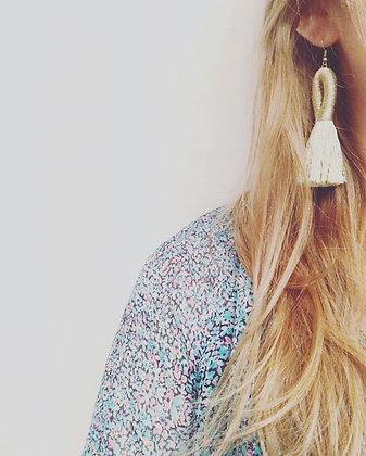 Pippa Tassel Earring in White Gold