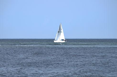 sailboat-5_14253957219_o.jpg