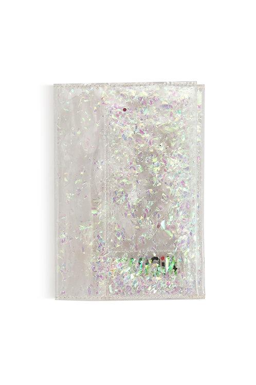 Обложка на паспорт с перламутровыми частицами