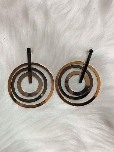 Linked Circle Earrings