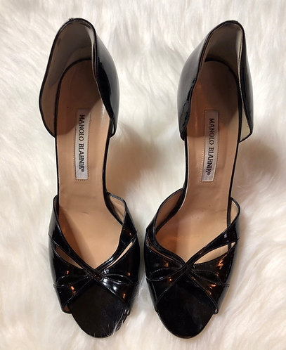 Manolo Blahnik Women's Black Patent Leather Pumps Size 39.5