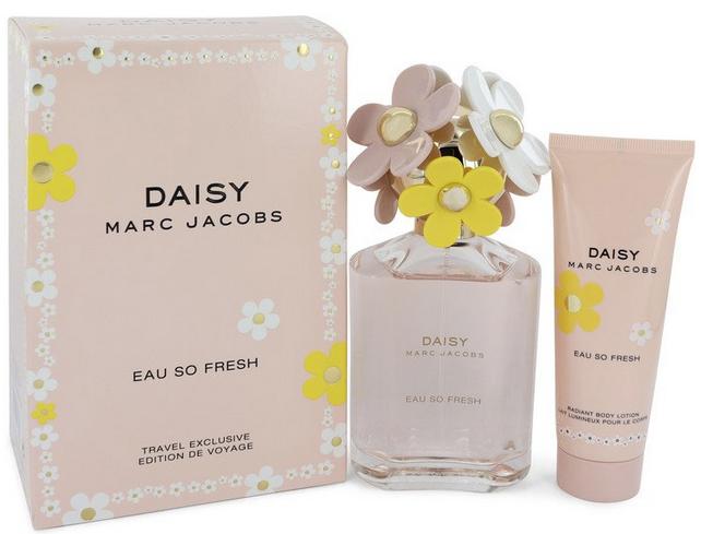 Daisy Eau So Fresh Gift Set 125 ml Eau De Toilette Spray + 75 ml Body Lotion
