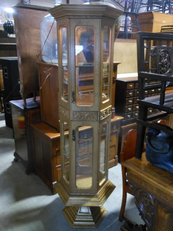 GOLD TONE LIGHTED - CURIO CABINET