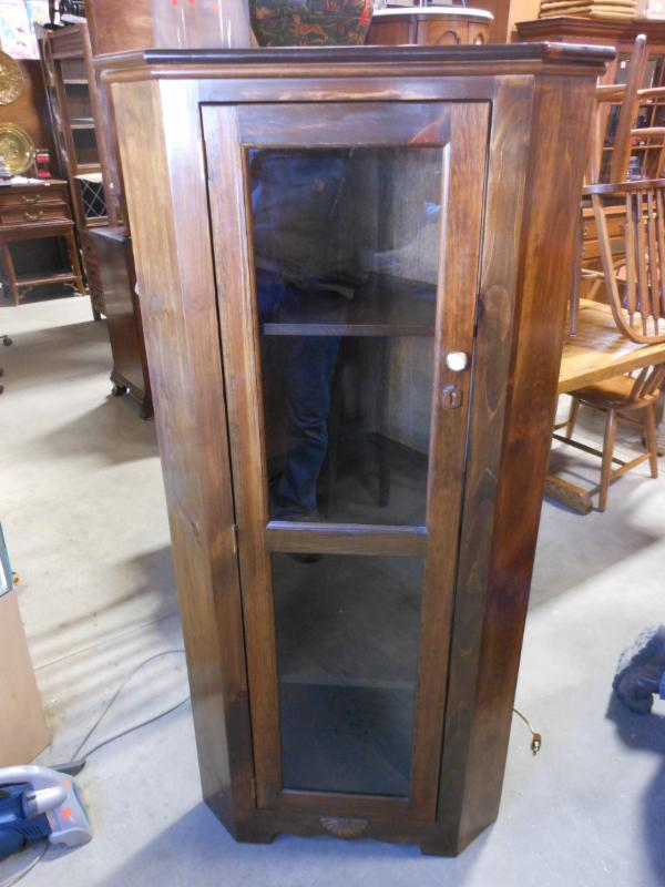 PINE LIGHTED CORNER CURIO CABINET
