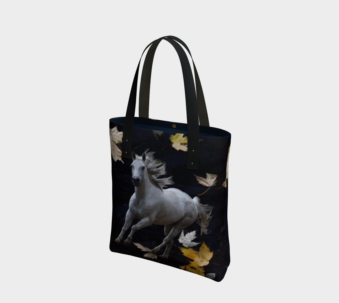 horse-w-leaves-urban-tote-bag