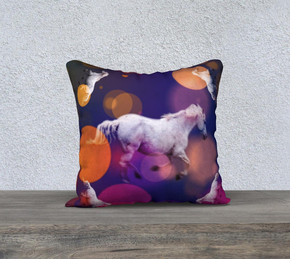 Bubble-Horse-18x18-velveteen-pillow