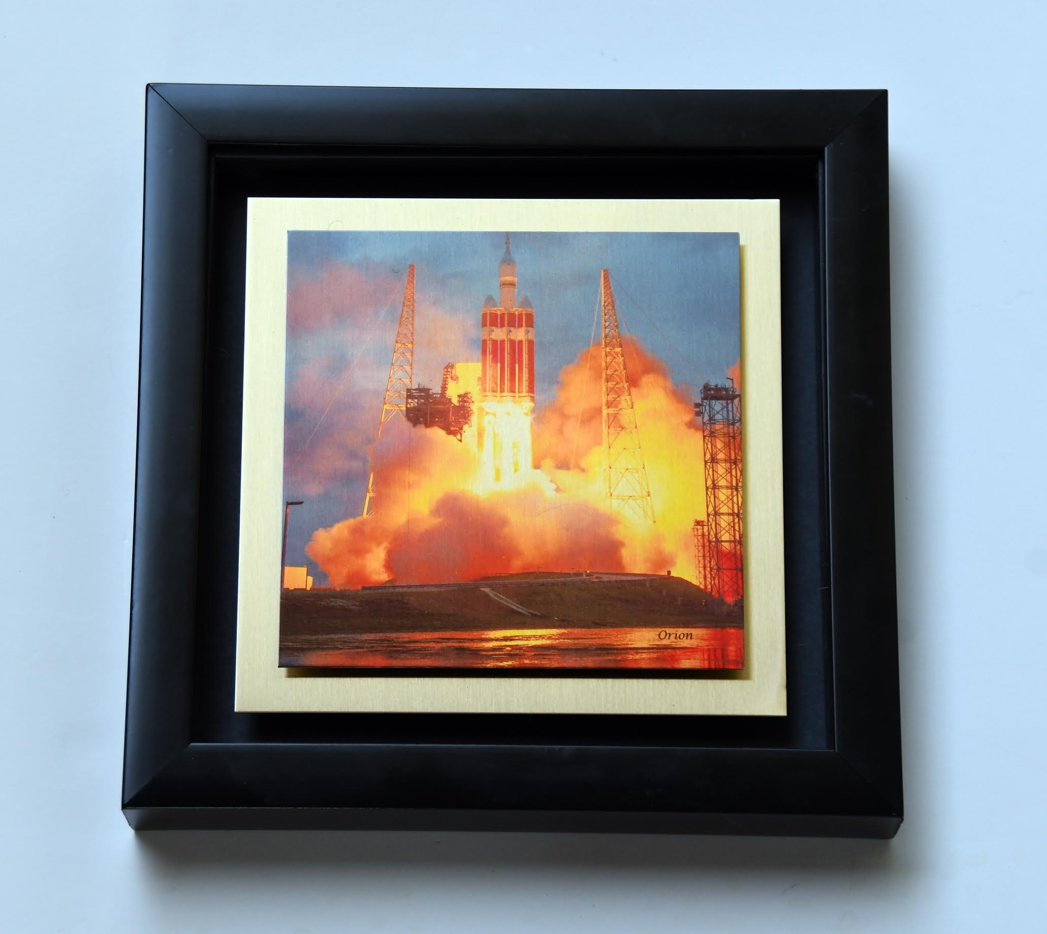 Orion 8x8 gold w shadowbox