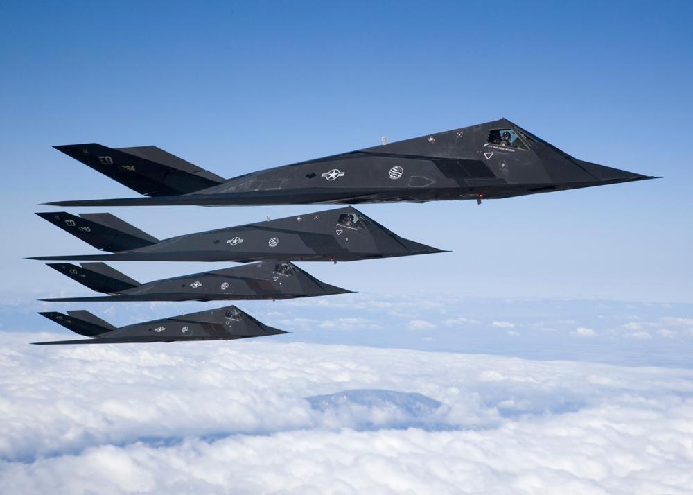 1000px-F-117-Nighthawk-Stealth-2