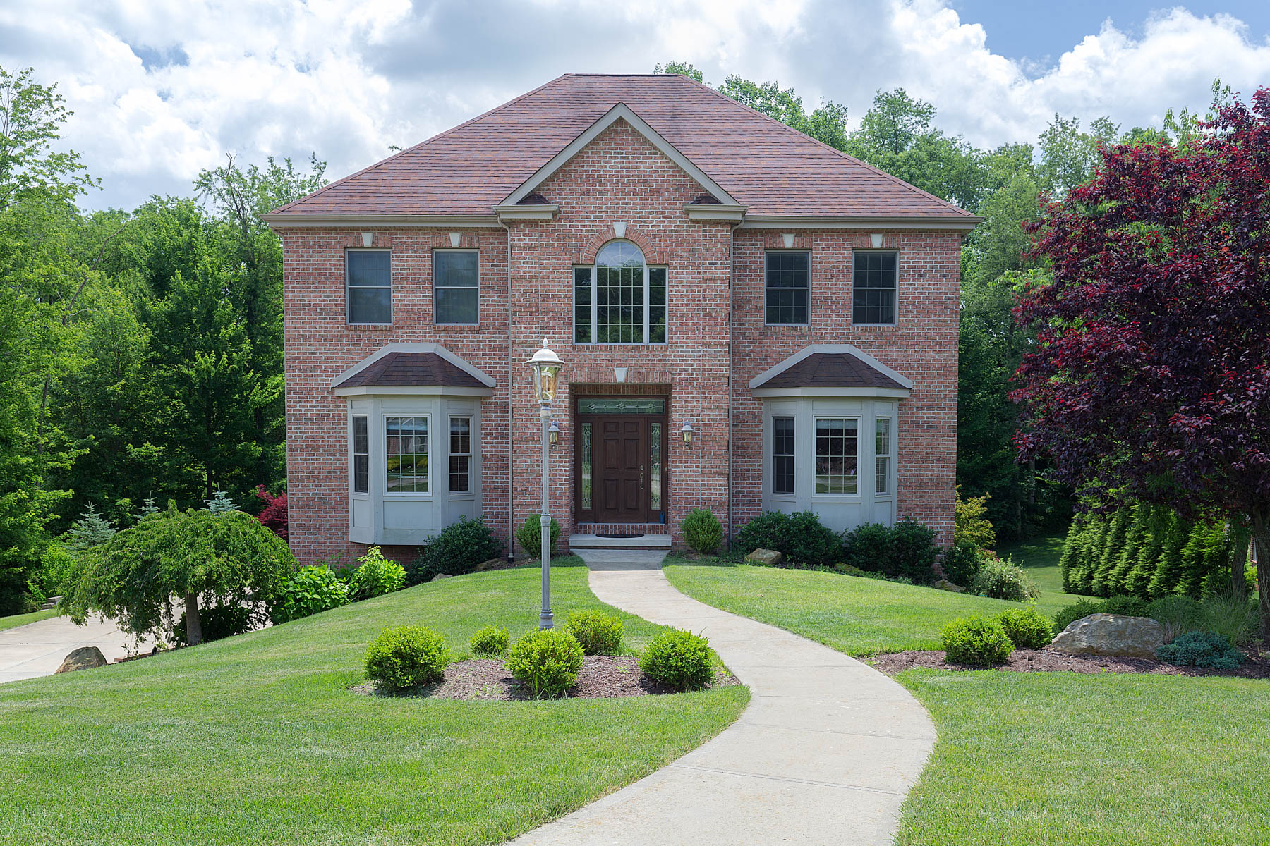 4084 Willow Creek- SOLD