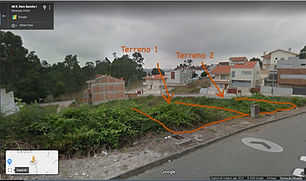 """<p class=""""font_8"""">2 terrenos para construção com 230 m2 cada. Podem ser adquiridos em conjunto ou em separado. &nbsp;Possibilidade de construção de 1 moradia com 4 frentes ou 2 moradias geminadas com 3 frentes cada. &nbsp;Preço 45.000,00€ cada terreno.</p>"""