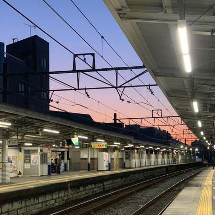 区議会の論点:東武鉄道と協力して、ホームドアの設置を早めることはできませんか?人身事故を減らしたいです。