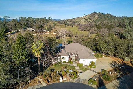 Pic of 13490 Tierra Heights Rd.jpg