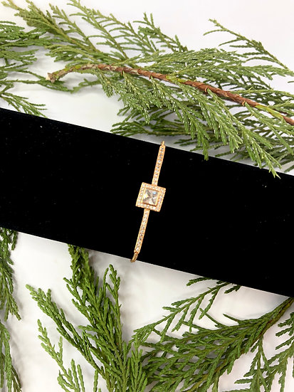 Gold and Cubic Zirconia Bracelet