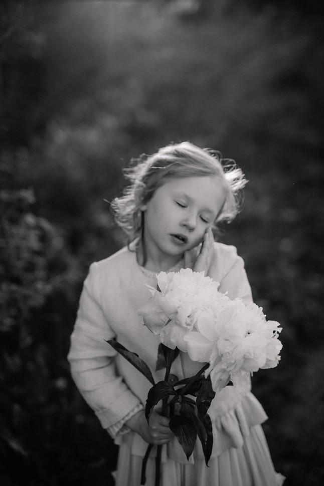 vahvaksi rakastetut lapset - lapsikuvaus viisivuotaani kanssa | helsinki