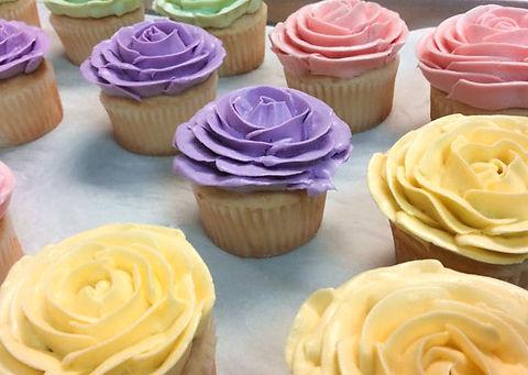 flower-cupcakes-2.jpg