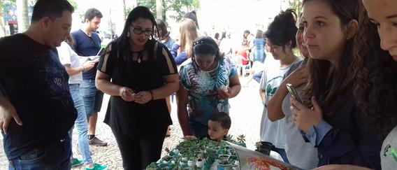 Arrecadação de doações na Praça Augusto Silva (Lavras/MG)