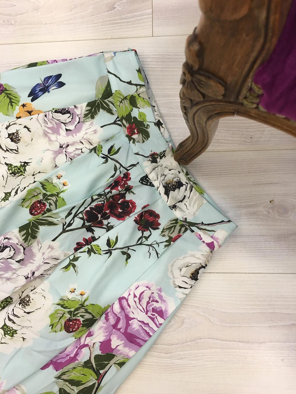 קולקציית קיץ מיקי שרוני, חצאית פרחים מויסקוזה