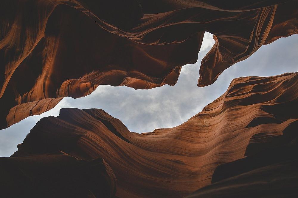 Die Tiefe einer Schlucht ist vergleichbar mit der Tiefe von verborgenen Mustern. Wer sie hebt, sieht den Himmel.