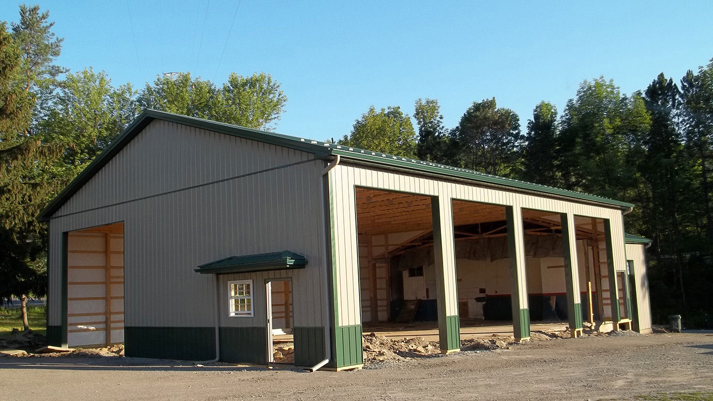 Metal-siding-roofing-commercial