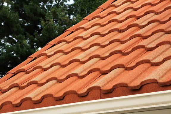tilcor-antica-textured-metal-roof-tile.j