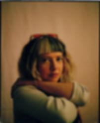 PortraitRosaViktoriaAhlersFarbe.jpg