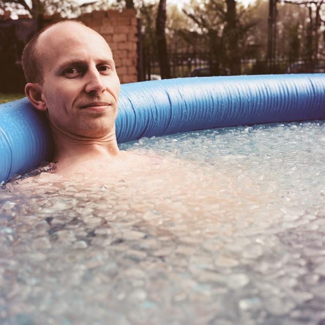 Simon im Eiswasser