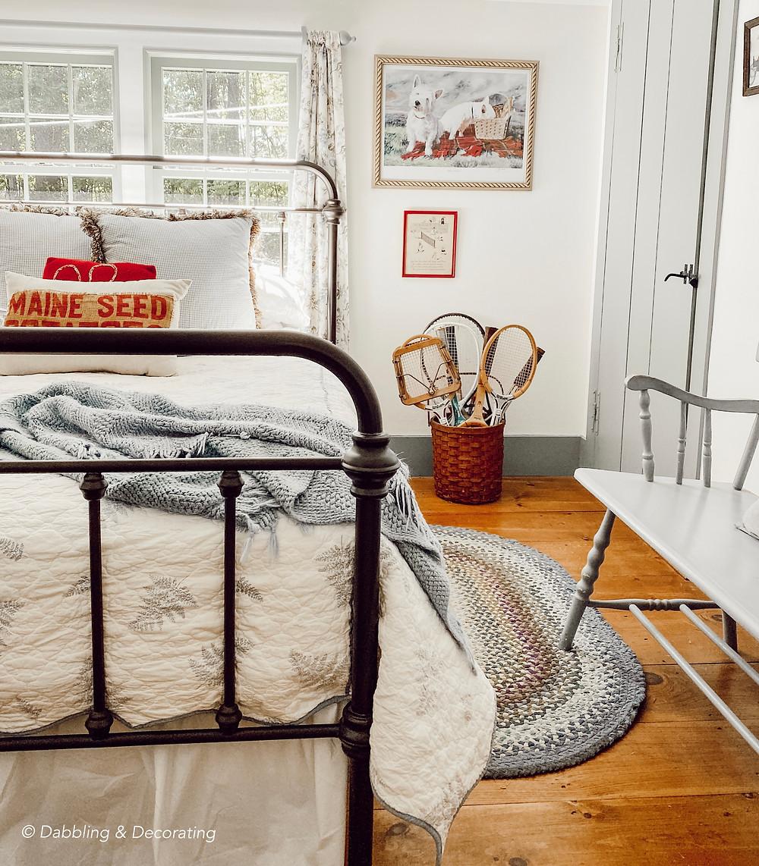 Small Guest Bedroom Seasonal Refresh