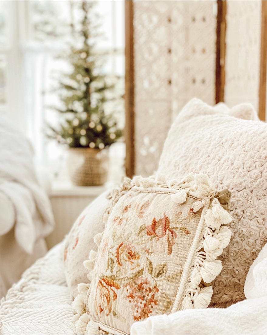 Decorating with Winter Whites