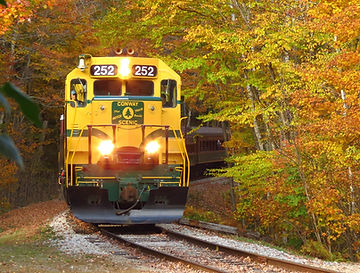 Conway_Scenic_Railway,_Arethusa_Falls_Tr