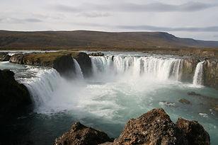 Goðafoss_Island.jpg